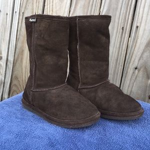 Bearpaw boots 👢 size 7